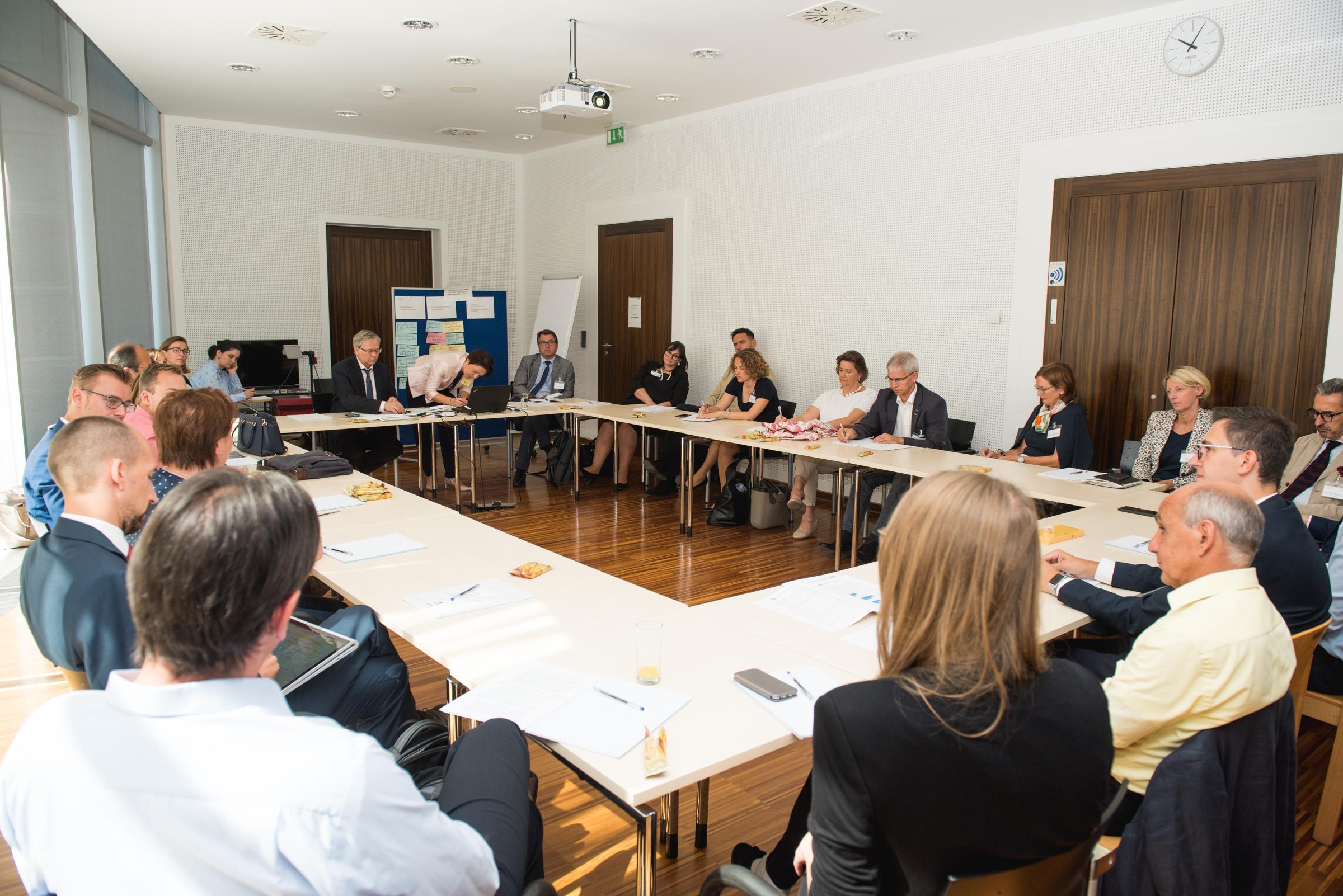 Gipfel BM Schramböck - Mit der Lehre an die Spitze
